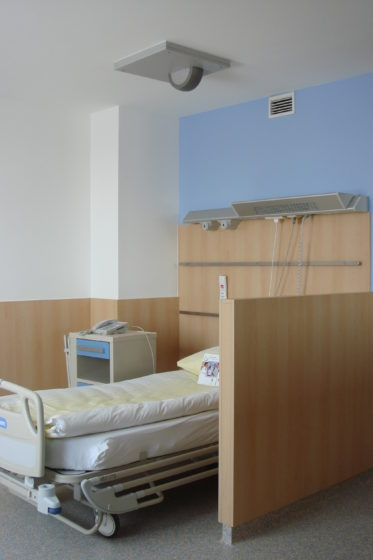 A hospital bed with an online patient monitoring network