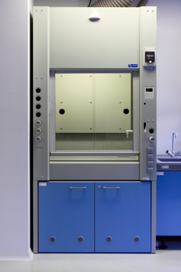 laboratory fume-hoods for extraction of dangerous fumes
