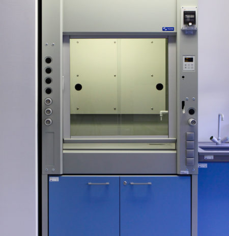 A laboratory fume-hoods for extraction of dangerous fumes, gases and particles